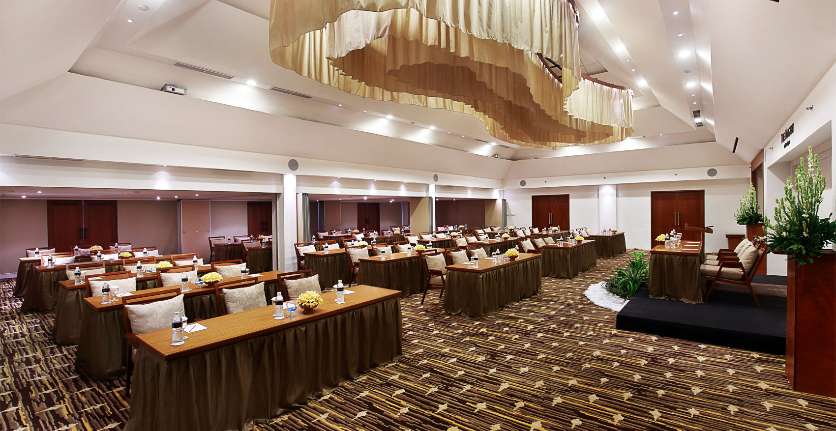 Meeting Venue On The Island Of Paradise The Magani Hotel